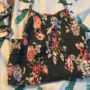 Crop tie in the back summer top